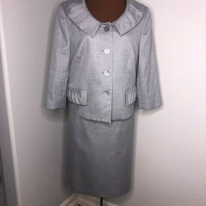 Career LeSuit Silver Gray Skirt Suit